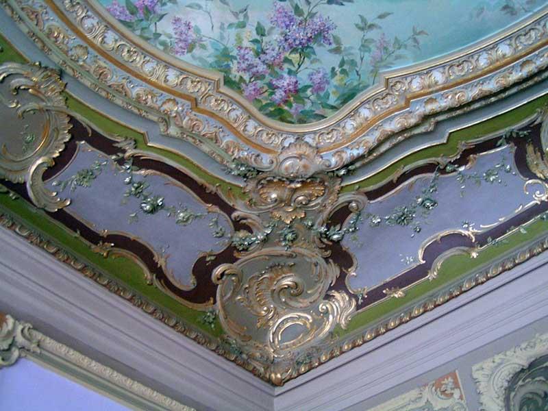 Роспись лепнин потолка